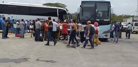 Jóvenes Adventistas de Nicaragua rumbo a Costa Rica.