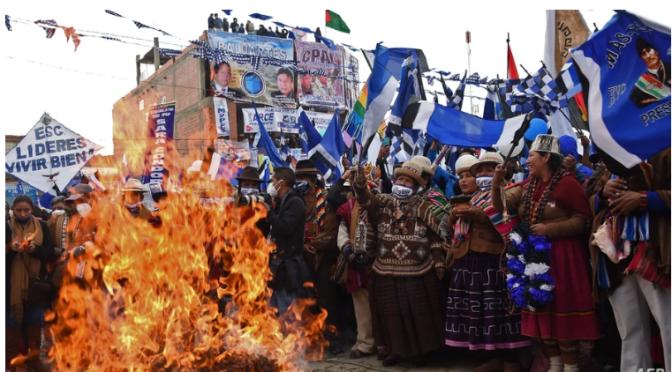 Bolivia: cierran campañas para las elecciones del 18 de octubre.