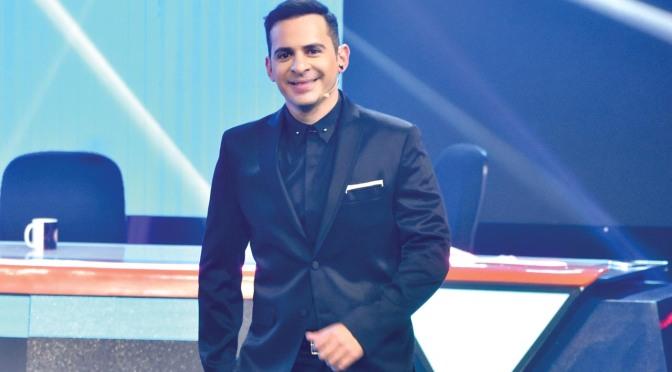 Joven Boliviano destinado a ser ganadero, eligió ser presentador.