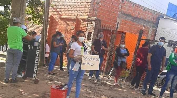 PERIODISTA SE VIRALIZA AL RESPONDER ANTE CRÍTICAS POR VENDER EMPANADAS EN BOLIVIA.
